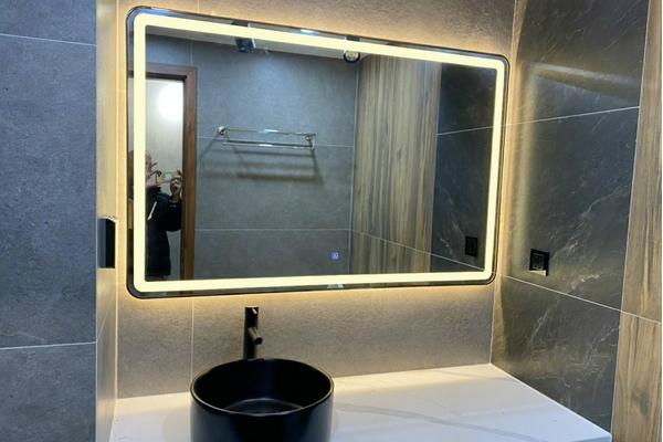 Tại sao khung gương Inox lại được ưa chuộng đến thế?