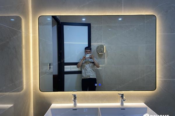Gương khung viền inox mạ pvd có đèn- Những điều bạn chưa biết