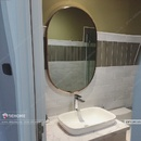 Gương Bầu Dục Khung Viền Mạ Vàng PVD Có Đèn Led - DPVD610A