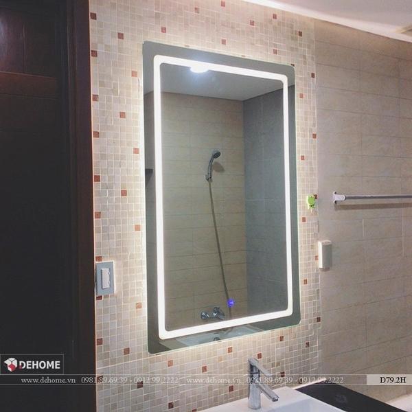 Gương nhà tắm hiện tại đèn led cao cấp Dehome - D79.2H