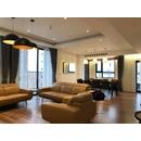 Gương khung inox mạ PVD sang trọng phòng khách Dehome - DPVD1809A