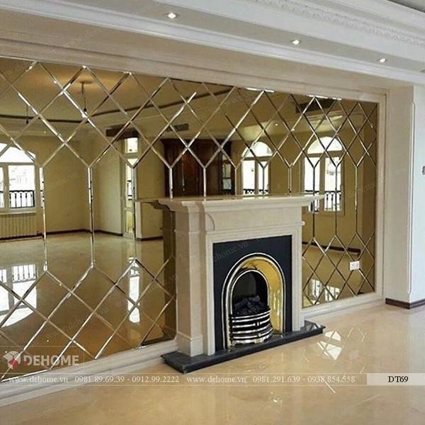 Gương ghép dán tường phòng khách Dehome DT69
