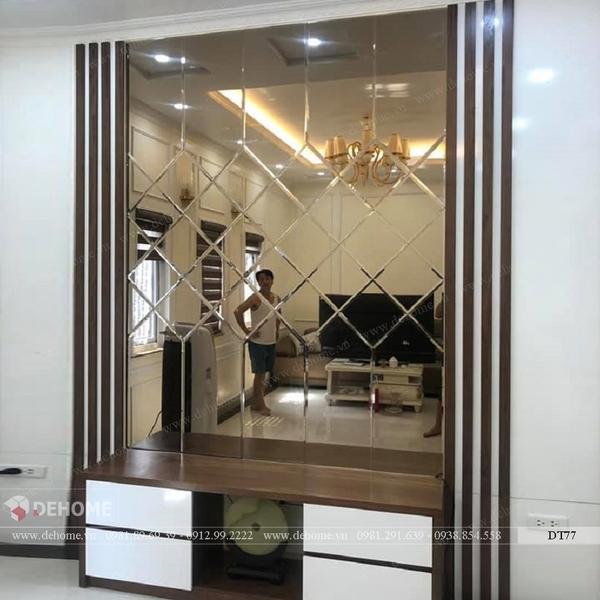 Gương ghép dán tường trang trí phòng khách DT77