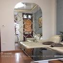 Gương ghép dán tường thiết kế độc đáo cho phòng khách DT74