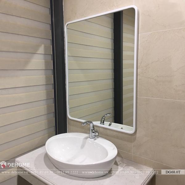 Gương khung gỗ nhựa cao cấp màu trắng Dehome - KM17